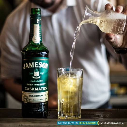 jameson drinkaware pouring